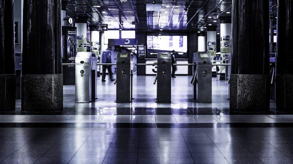 Можно ли покупать авиабилеты по России по загранпаспорту?? 67